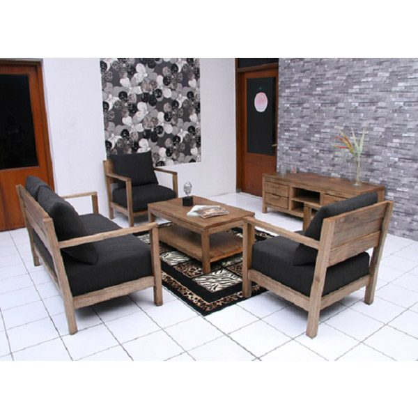 Indoor Mahogany Toppe Living Room